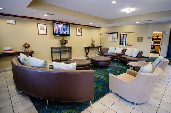 Candlewood Suites Temple - Medical Center Area: Lobby