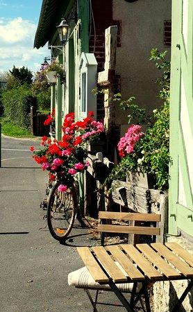 Le Moulin Saint Georges: Velo