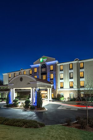 Holiday Inn Express Hotel & Suites Lavonia: Exterior