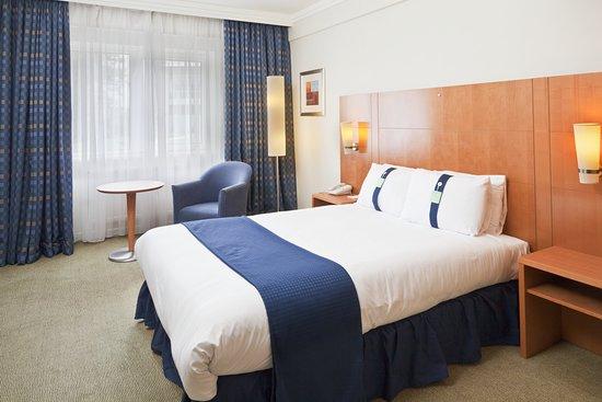 Review Fighting Again Holiday Inn Basildon Basildon