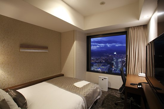 JR Tower Hotel Nikko Sapporo: Guest room