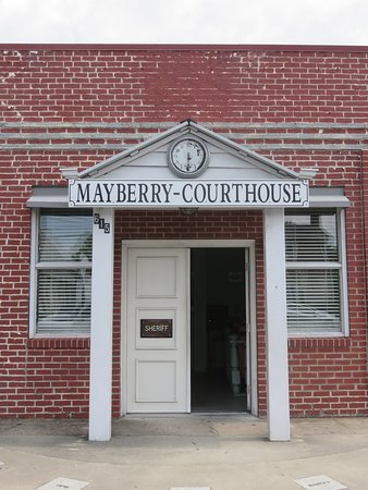Mayberry Replica Courthouse: Exact replica of Sheriff Andy's jailhouse situated six blocks south of the historic downtown area