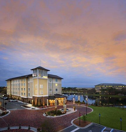 Hotel Indigo Jacksonville Deerwood Park: Exterior