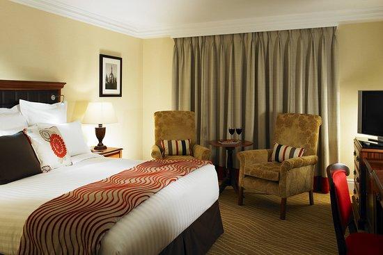 Huntingdon Marriott Hotel: Guest room