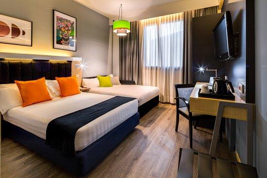 Holiday Inn Bologna Fiera: Guest room
