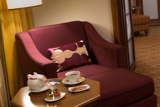 Renaissance Moscow Monarch Centre Hotel: Suite