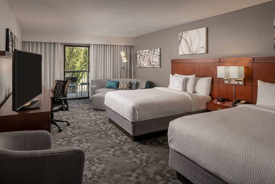 Courtyard Baton Rouge Siegen Lane: Guest room