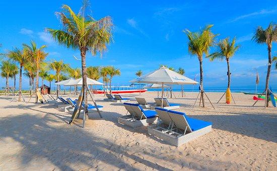 Mahagiri Resort: Beach days on Lembongan💙 💦