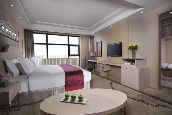 Holiday Inn& Suites Hulunbuir: Guest room