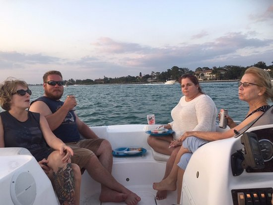 Siestakey-Rental Private Charter Boat Cruises: Sunset Cruise