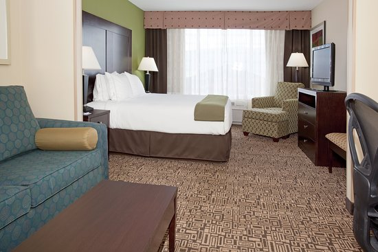 Holiday Inn Express Hotel & Suites Richfield: Suite