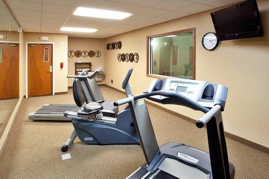 Holiday Inn Express Hotel & Suites Lewisburg: Health club