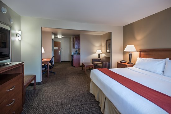 ‪‪Holiday Inn Express Hotel & Suites Lewisburg‬: Suite‬