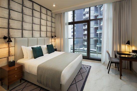Millennium Atria Business Bay: Premium 1 Bedroom Apartment