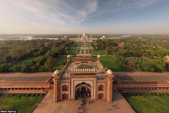 Lyx Taj Mahal Family Tour från Kolkata