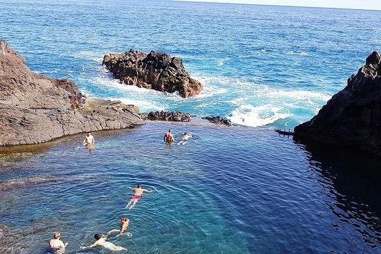 Porto Moniz vulkanske bassenger og...