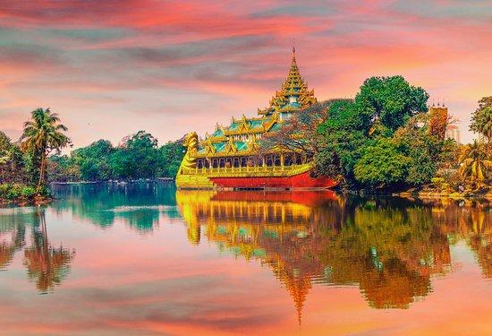 Thailand: Роспотребнадзор предупреждает о вспышке Денге в Таиланде. За 2 недели зарегистрировано 21000 случаев. Вспышка связана с началом сезона муссонов и сильной жары. Переносчики лихорадки Денге - комары. Надевайте одежду, закрывающую тело, используйте репелленты, проверяйте, есть ли сетки на окнах и в дверных проемах. Почувствовали себя плохо? Сразу обращайтесь к врачу или к нам для организации помощи. А если симптомы появились в России, обязательно скажите доктору, что вернулись из Таиланда.