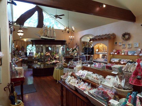 Izukogen Rose Terrace: 店内。