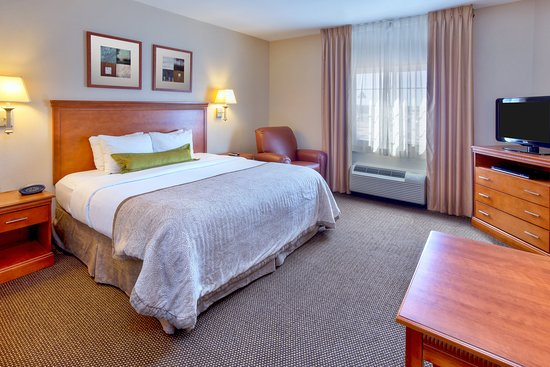 Candlewood Suites Fort Stockton: Guest room