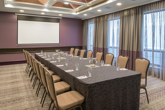 Crowne Plaza Kitchener-Waterloo: Meeting room