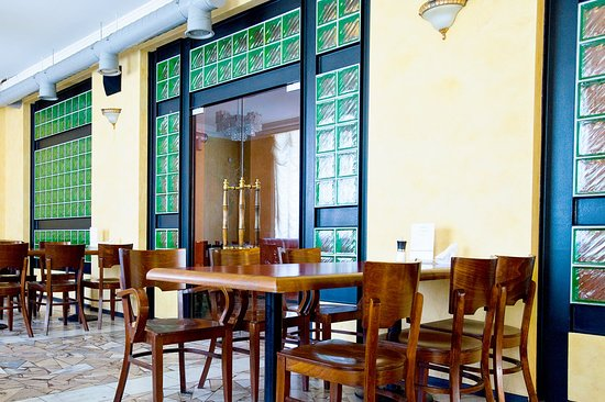 Volga Hotel: Restaurant