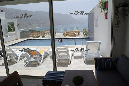 Imsouane Magic House: Restaurant/Lounge with a view over the see and the pool 