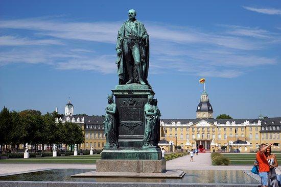 Grossherzog Karl-Friedrich Denkmal