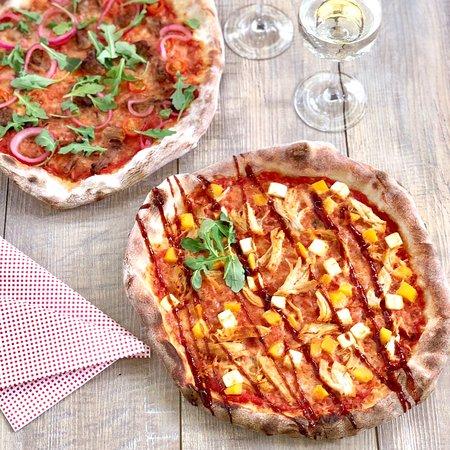 Liperi, ฟินแลนด์: Italialaisella menetelmällä leivotut Premium-pizzat vievät kielen mennessään. Maista ja ihastu,  kesäkuun 2019 huippu-uutuus: KANA - BBQ!