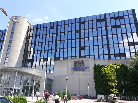 Donau Einkaufszentrum