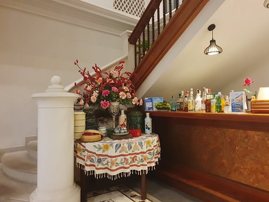 Little Nyonya Hotel: Savory and authentic local foods cooked with a good determination in Phuket style. Please make a visit to The two grandma @Little Nyounya