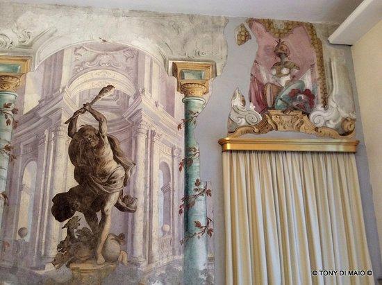 Palazzo Vallelonga: interno