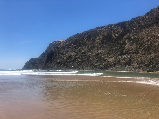 Odeceixe Beach: Beautiful place!! Highly recommended.