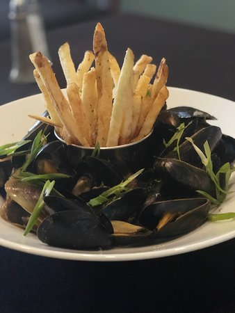 Guinness Stout Mussel. French fries to soak up the broth. A must try