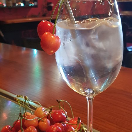 Barborská cocktail bar