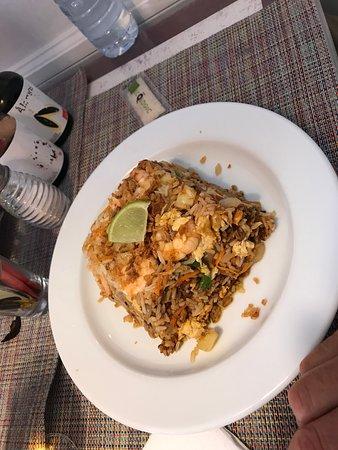 Lan's Pizzaria, Exotic Food & Vegetariano: Thai shrimp and veggies