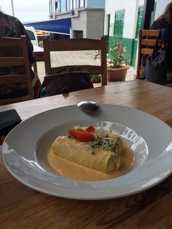 Restaurante La Ola: Canelón