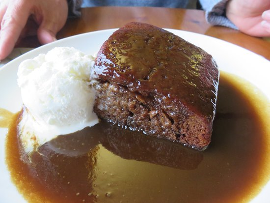 Sticky toffee pudding at Doune Braes Hotel
