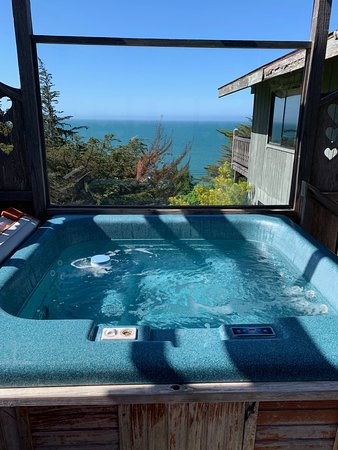 St. Orres: Private Hot Tub in Osprey Cove!