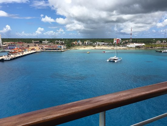 Carnival Fantasy: Cozumel from the ship, beautiful!