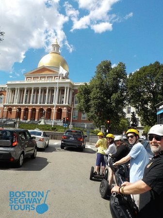 There is so much #sunshine outside in Boston today! Get out there and enjoy yourself on #TripAdvisor's #1 TOUR IN BOSTON! #Boston #Segway #Tours 🤩 www.bostonsegwaytours.net