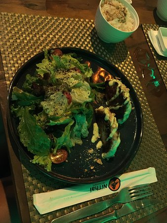 NiThai restaurante na Praia do Cumbuco, ambiente aconchegante, boa música e comida excelente