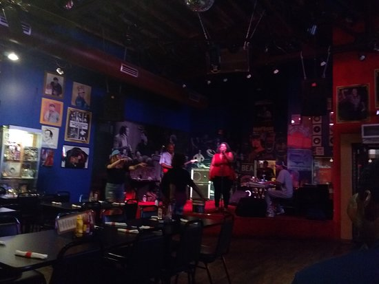 King Jerry Lawler's Hall of Fame Bar & Grille: Kings of Memphis