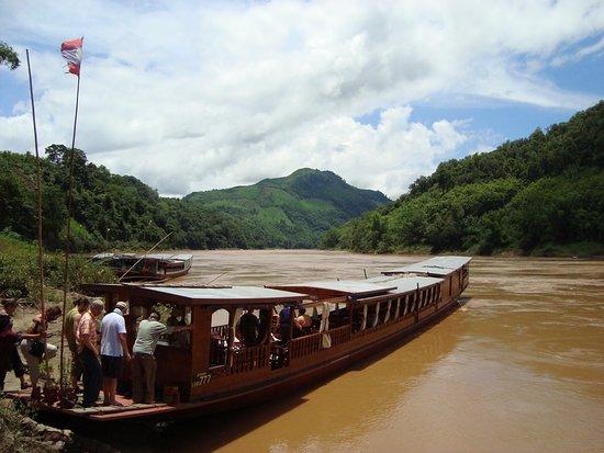 ORLA Tours (Off Road Laos Adventures) Agence de voyage sur-mesure au Laos   Laos tailor-made tours travel agent