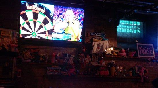 Loose Moose: Bar area