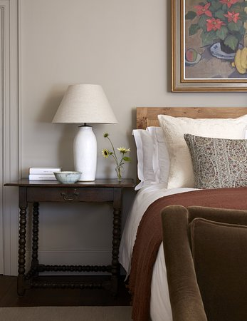 Heckfield Place: Guest room