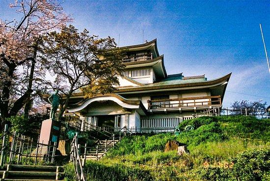 Tokugawa Yoshichika Statue