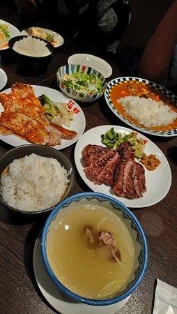 價錢合理而美味的仙台連鎖牛舌定食餐廳