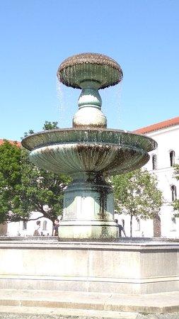 Schalenbrunnen