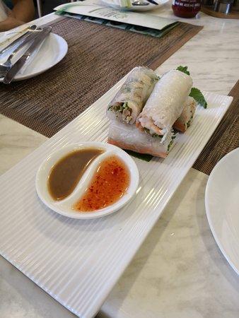 Gỏi cuốn, Vietnamese cold rolls