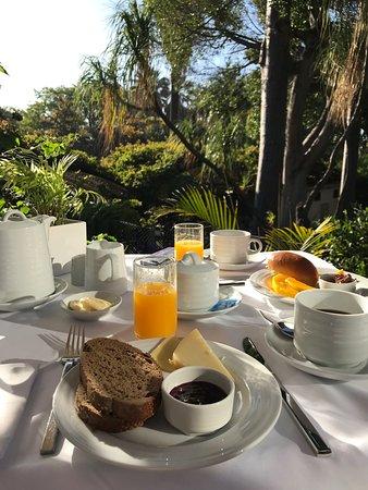 Quinta da Casa Branca: Breakfast